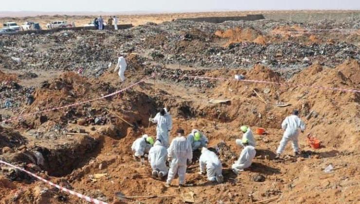 libya'da 5 toplu mezarda cansız bedenlere ulaşıldı