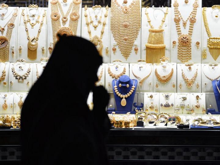 В Саудовской Аравии арестовали мужчину носившего женское платье