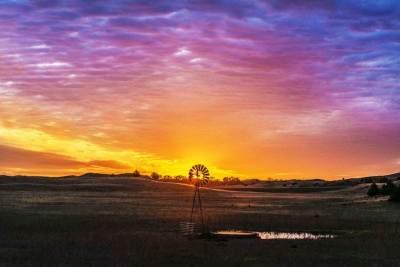 windmill_sunrise600_5500x3600