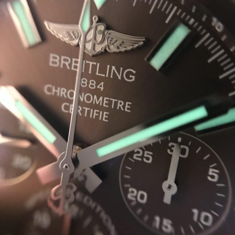 ブライトリングの腕時計 クロノマットJSP ブラウン文字盤 夜光塗料