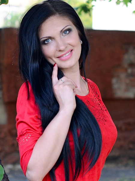 attractive Ukrainian  marriageable girl from city Mariupol Ukraine
