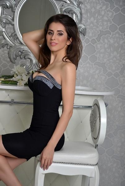 chic Ukrainian marriageable girl from city Kiev Ukraine