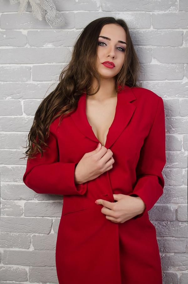 comely Ukrainian fiancée from city Pokrov Ukraine