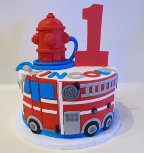 1st_Birthday_Party_Cake_-_Fire_Truck