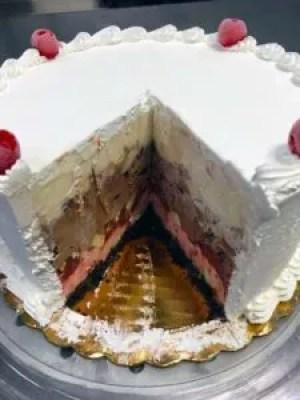 ice cream cake banana split