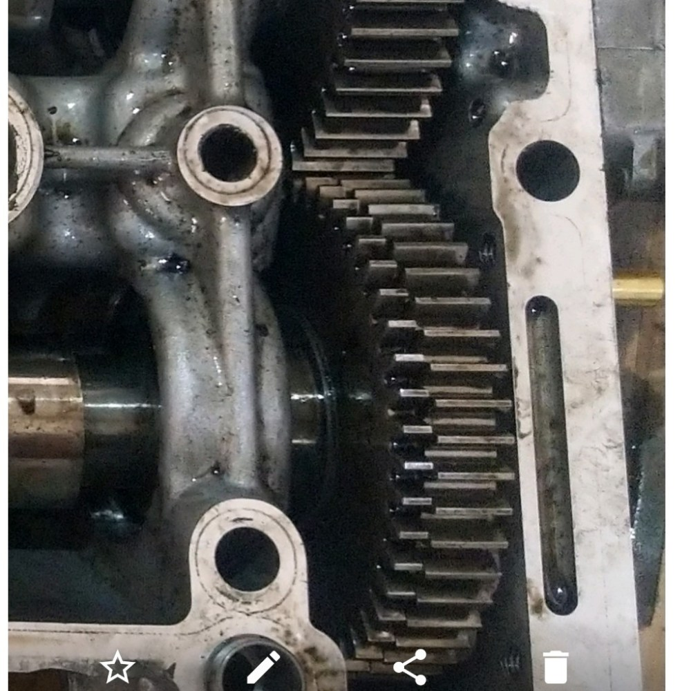 medium resolution of  vauxhall astra camshaft cover