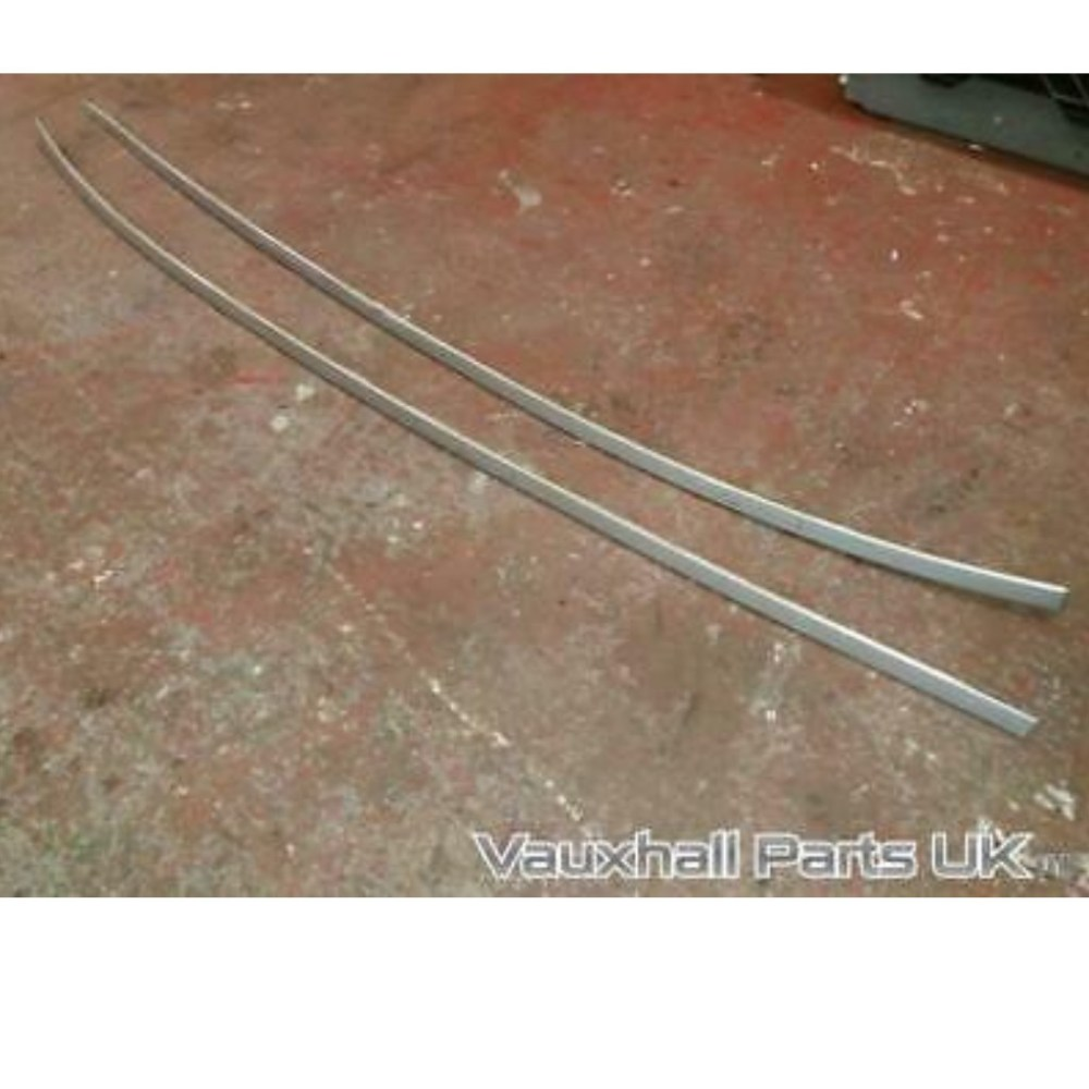 medium resolution of vauxhall astra roof rails silver z176