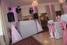 Package 1 disco with white star cloth dj booth