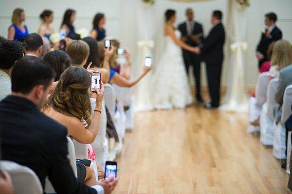 mobile phones during wedding ceremony