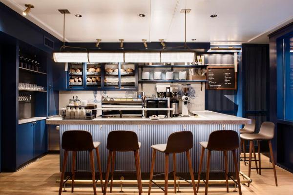 Danny Meyer Restaurants With Chic Interior Design Shake