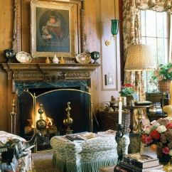 Old World Living Room Design Small Bar Counter In Modern Elegance Vs Glamour Decorating Style Wars Mario Buatta Centre Island New York Using A Single Pattern Several Places Is Move The Based K Prince Of