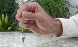 Comment utiliser un pendule divinatoire ?