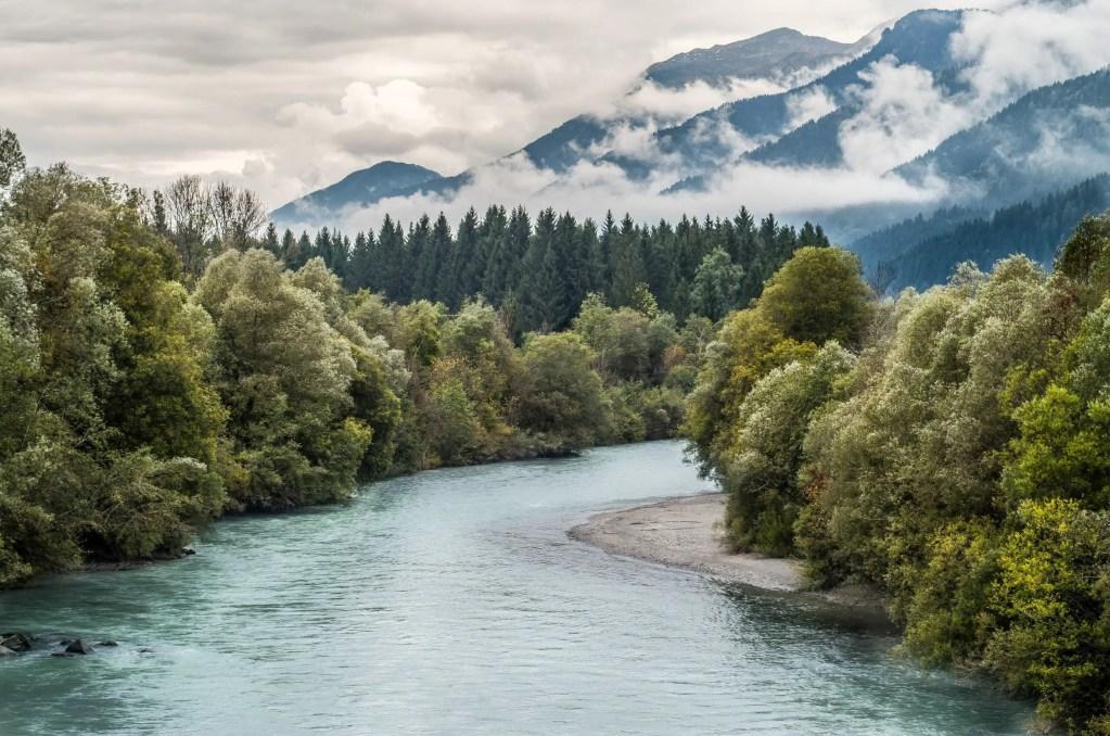 Rêver d'une rivière ou d'un ruisseau