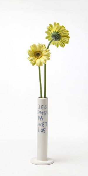 "Lars Rank – vase/lysestage ""Jeg blomstrer på livet løs"""