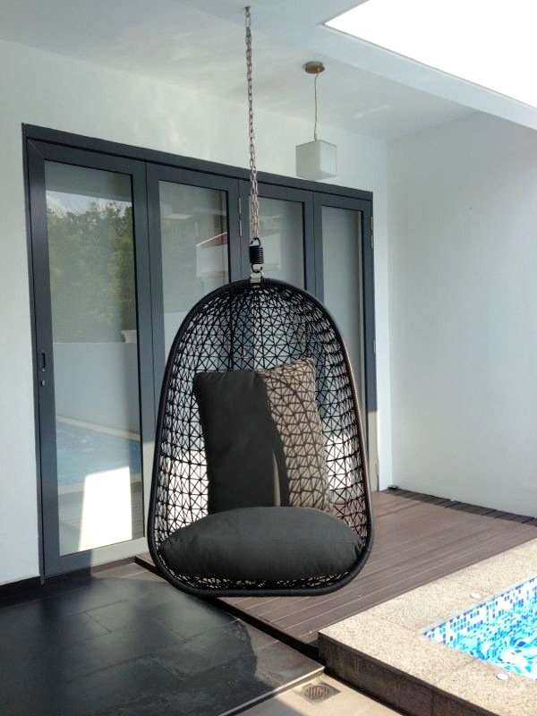 Hanging Chair without Stand  2010 Lifestyle
