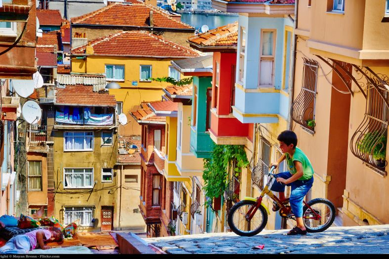 Balat – the colors of Istanbul in the old Jewish quarter