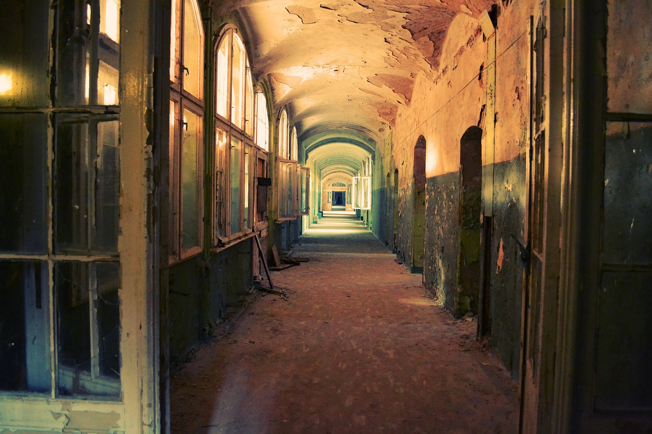 Urbex – the innate necessity to explore the forbidden
