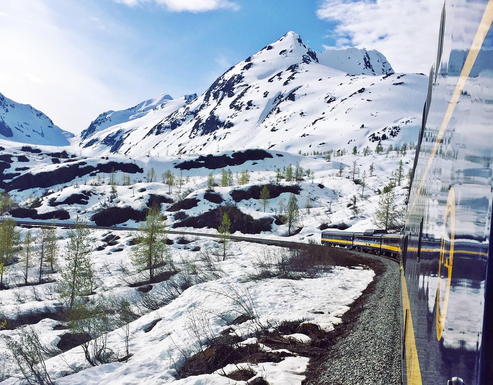 Visit Alaska, a jewel from the imperial bargain bin!