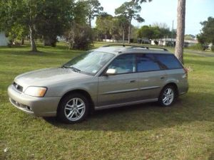 Purchase used 2004 Subaru Legacy 4 cycle 2530 mpg AWD in