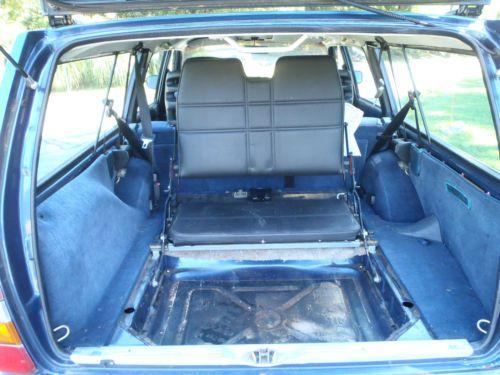 Sell used 1993 VOLVO240 Wagon3rd seatNo RustNew