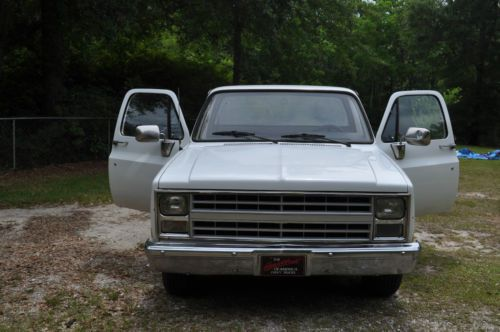 Sell Used 1987 Chevy Pick Up Truck 350 V8 350