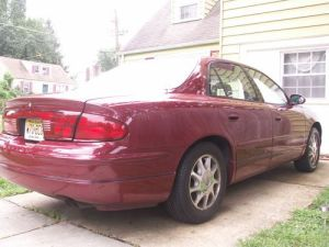 Sell used Sharp 2003 Buick Regal LS Leather, Heated Seats