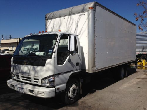 Sell Used 2006 Chevy W5500 Box Truck With Lift Gate Isuzu