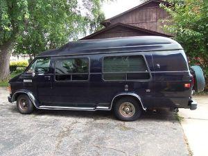 Find used 1990 DODGE VAN B250 V8318 52L  $1799