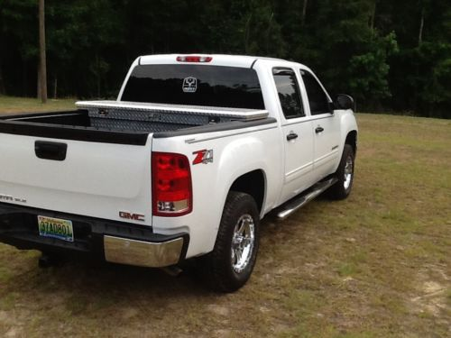 Sell used 2013 GMC Sierra 1500 SLE Crew Cab Pickup 4Door 53L in Abbeville Alabama United