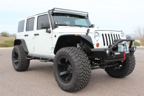 Sillohouette 4 Door Jeep Lifted