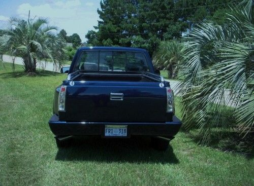 Sell used 93 GMC Sierra SLE Regular Cab Sportside Blue