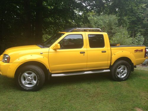 Sell Used 2001 Nissan Frontier Se 4x4 Off Road Ipod