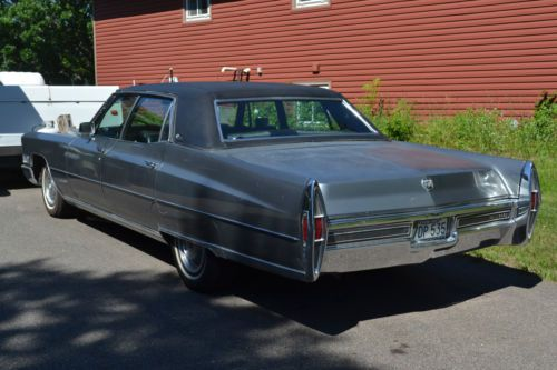 Buy used 1968 Cadillac Fleetwood Brougham Sedan 4Door 77L in Minneapolis Minnesota United States