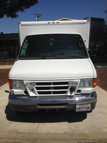 Buy Used Ford E 450 Super Duty Van 2 Door Ambulance