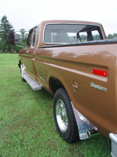 Purchase used 1975 Ford F250 Custom Supercab 40000 orig