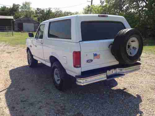 Sell used 1996 Ford Bronco XL one owner 134 k miles