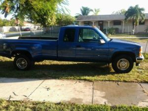 Buy new 97 chevrolet 3500 dually in Hialeah, Florida, United States, for US $3,50000