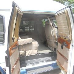 Which Suvs Have Captains Chairs Captain Chair Seat Covers Find Used 1996 Ford E-150 Econoline Conversion In Lagrange, Georgia, United States
