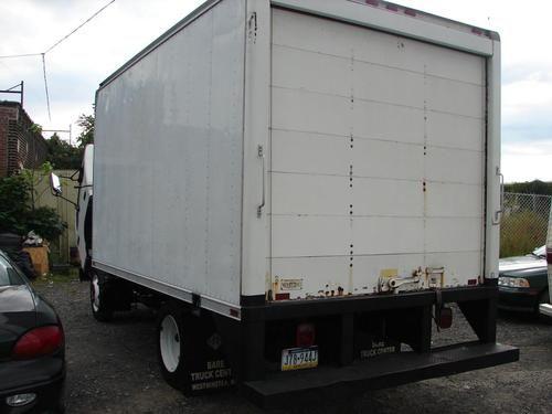 Purchase Used Chevrolet W Isuzu Npr V8 14ft Box