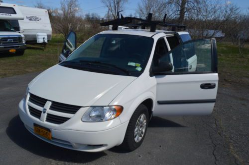 Purchase used 2007 Dodge Grand Caravan Roof Rack folding