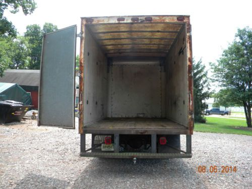 Buy Used 1996 Ford F800 Base 59l In Ringoes New Jersey