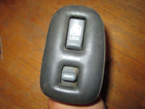 2005 Suzuki Forenza Under Dash Fuse Box Diagram