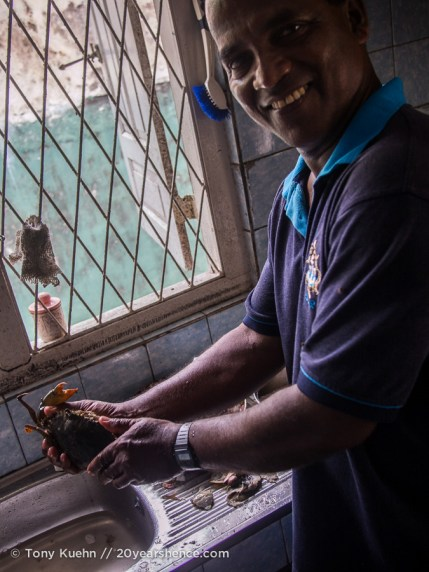 Making crab curry in Ambalangoda