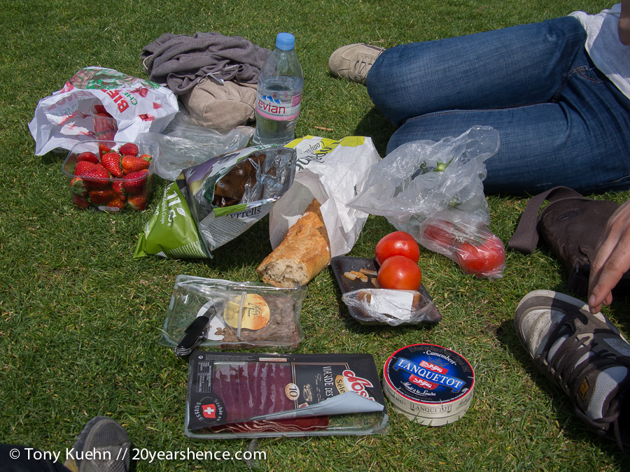 Typical Parisian Picnic