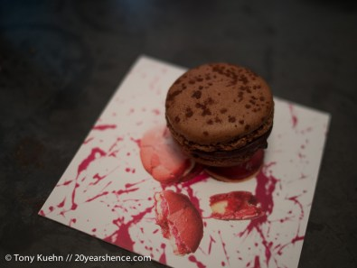 Pierre Hermé Butter Chocolate Macaron