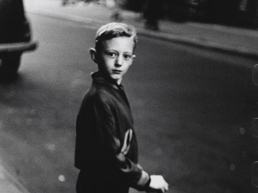 Boy stepping off the curb 1957/58 - Diane Arbus