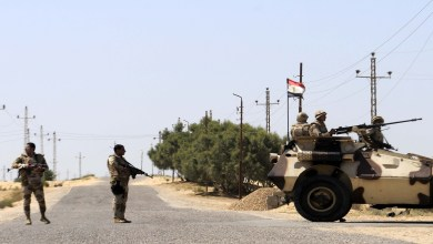 ضابطان مصريان