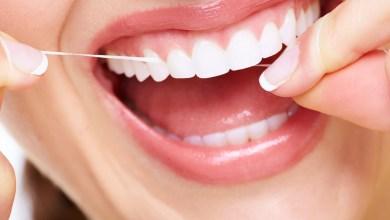 تنظيف الأسنان