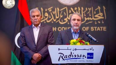 اجتماع سياسي يجمع السويحلي ورئيس لجنة تعديل الاتفاق