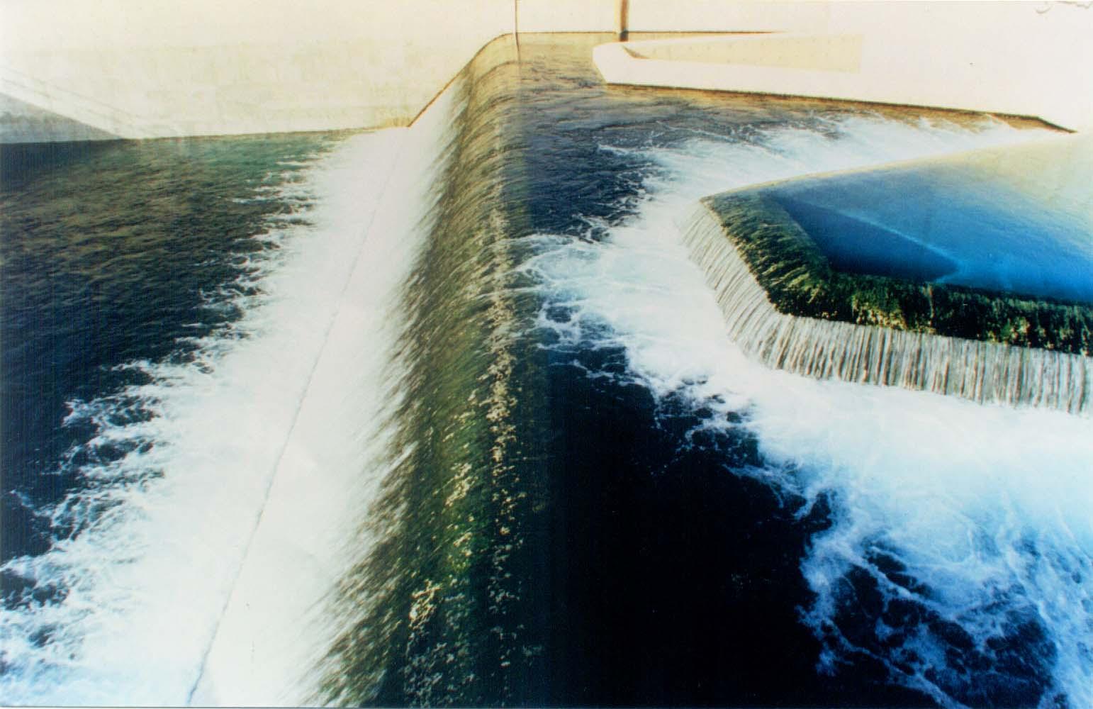 النهر الصناعي - ارشيفية